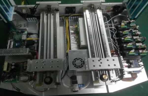 X,Y1,Y2,Z,R,and soldering wire feeding motion system are all controlled by one combined 6 axis motion control card with PC