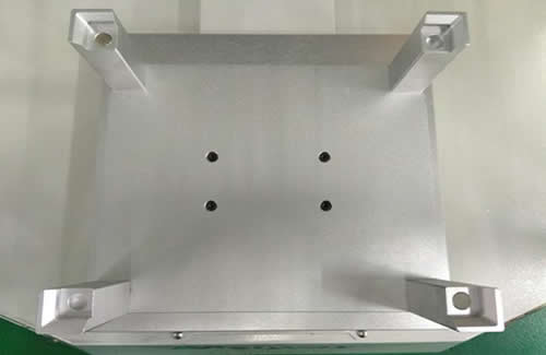 Precision fixture holder on the machine :Can provide precise positioning for fixtures.