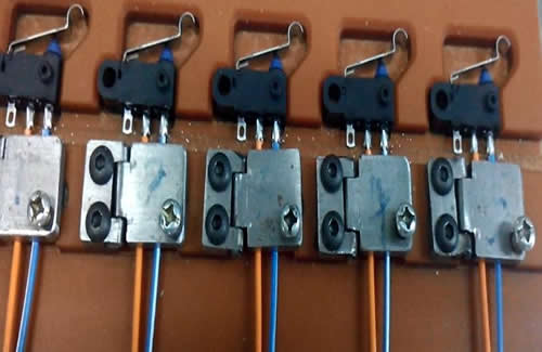 Micro switch soldering.