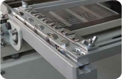 Drawer design of solder pot is easy to replace and maintain.