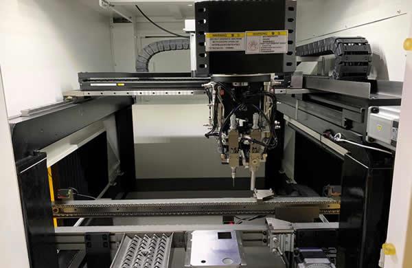 Machine adopt high strength welding frame