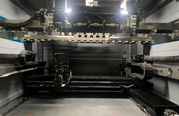 High stability granite platform ensure machine running fast and stably.